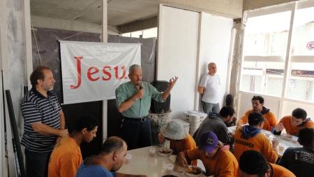 Evangelismo Residencial Magnólia - MRV - 17maio13