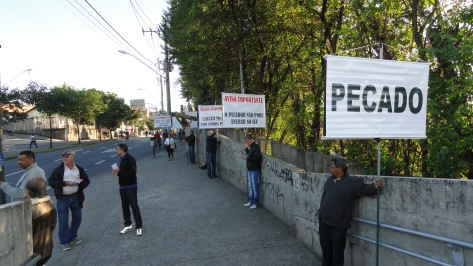 Evangelismo Metrô, Est Horto, 30jul14 (10)