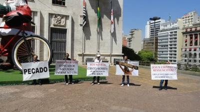 São Paulo, 17dez14, Evangel com Banners (18)