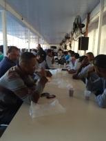 Dias 06 a 10 abril15, Cafés da manhã e almoços em Macaé, MRV (35)