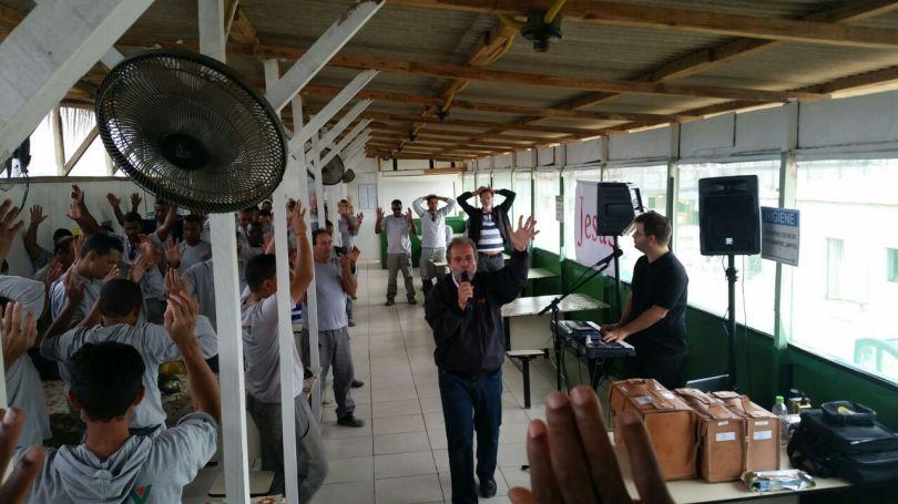 Dias 07 a 10abril15, Cafés da Manhã em Macaé (6)